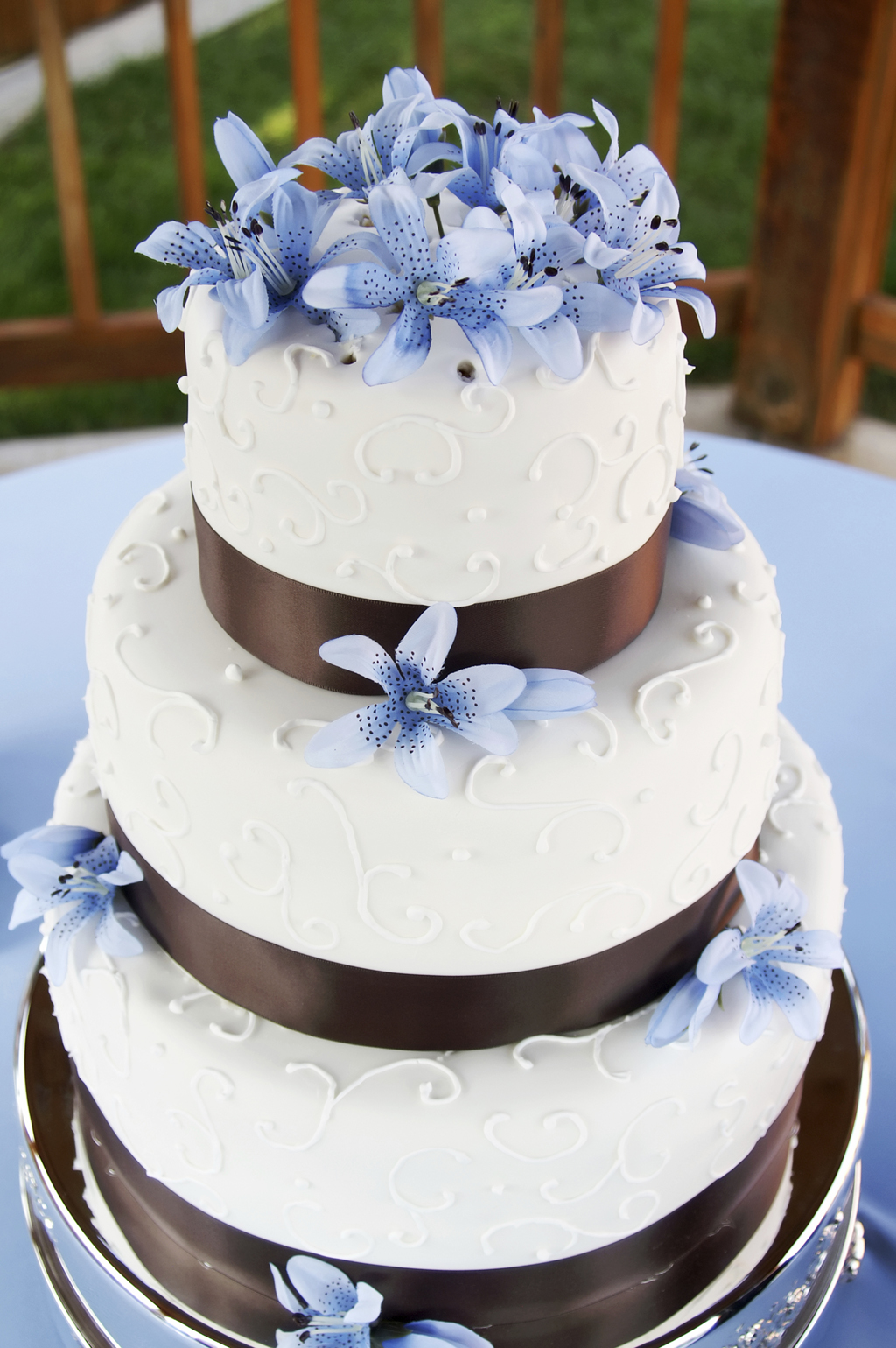 blue and brown wedding cakes torta orchidea pasticceria stefano 11942